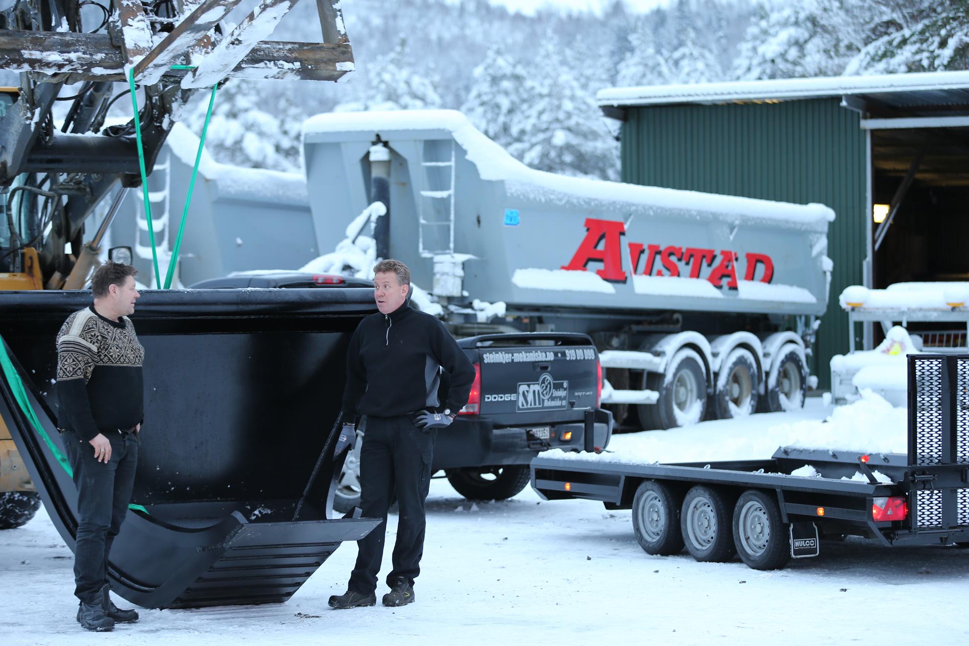 Steinkjer Mekaniske AS ~ Profilskuffe i Hardox 450 Stål Levert til Austad Maskinstasjon. Foto: SpotOnDesign.no