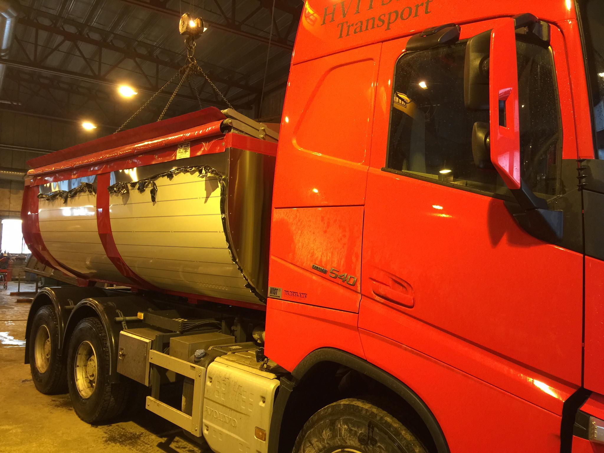 Asfalftbalje /Asfalttraug i Hardox 450 Stål levert ~ Kunde: HVITSAND Transport ~ http://hvitsandtransport.com