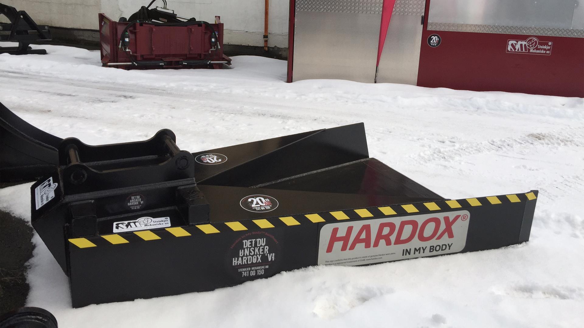 Steinkjer Mekaniske AS ~ NYE Kantrenskskjæret i Hardox 450 Stål